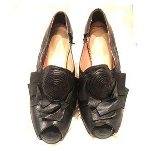 Miss Albright Black Flower Heels